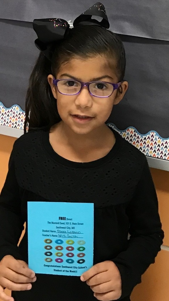 Alexa Lozano - Mrs. Smith's Kindergarten